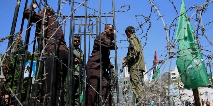 Gaza on the Brink via @commentarymagazine