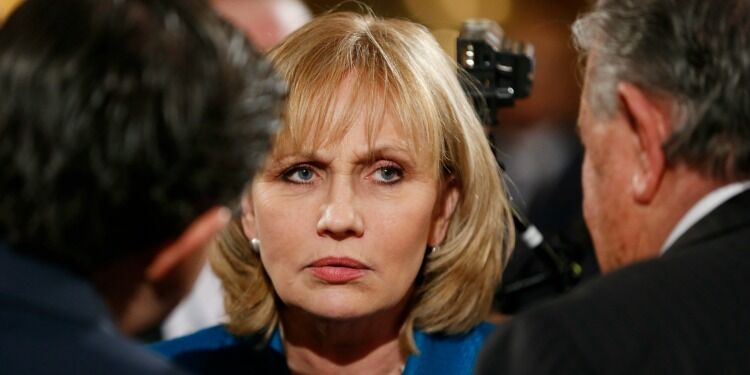 The Trump Right's Martyrdom of Kim Guadagno via @commentarymagazine